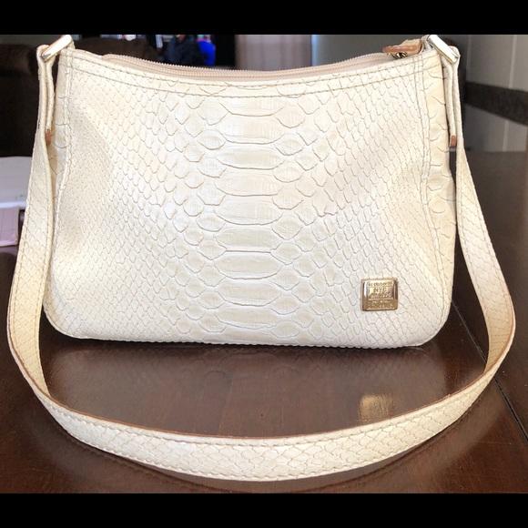 Liz Claiborne Handbags - Tan Liz Claiborne purse